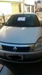 Carro Renault symbol - 2010