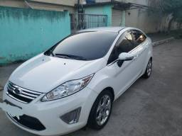 NEW FIESTA SEDAN com GNV - 2013