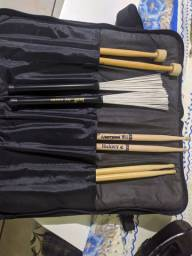 Bag com kit de baquetas TORRANDO!