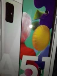 Samsung A51 novo na caixa nem um risco ou detalhes de uso