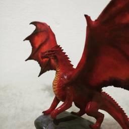 Dragões esculturas game of Thrones d&d fantasia