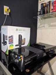 Xbox 360 4Gb + Kinect (Usados)