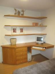 Escrivaninha em Madeira Marrom 84cm x 220cm x 108cm
