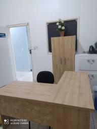 Armário e Escrivaninha (mesa para escritório)