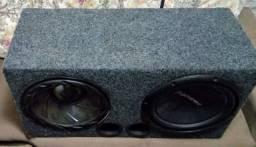 Caixa de alto falante pronta