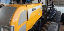 Trator Valtra BM 125 2008 bom estado