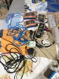 Cabo de Rede. Cabo de PC. Reatores para lâmpadas florescentes. Carregadores universais.