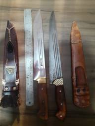 Duas facas pra churrasco BARBADA....
