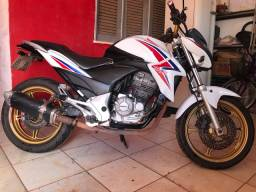 CB300 2015  MOTO