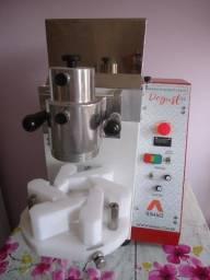 Máquina de Fazer Salgados e Doces Sem Uso