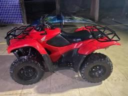 Vendo quadriciclo Honda fourtrax 2012