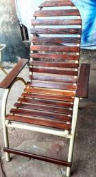 Cadeiras para área externa- Revestimento em Madeira
