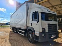 Título do anúncio: Caminhão Vw 24250 Truck 6x2 Baú  ano 2011
