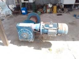 Motoredutor, redução grande com motor de 15 cv