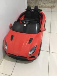 Carro elétrico modelo jaguar novíssimo