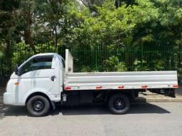 Hyundai HR 2.5 2020  21.000km carroceria aço
