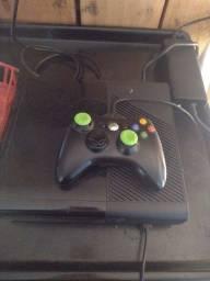 Vendo Xbox 360 funcionando perfeitamente