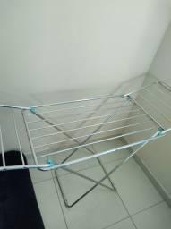 Varal de apartamento de chão retrátil e dobrável