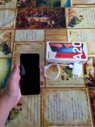 Vendo Smartphone Samsung A20 em ótimo estado