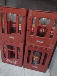 Grades de Coca-Cola com 9 vasilhames de 2L( cada)