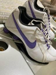Tênis Nike shox usado feminino