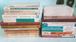 Livros História do Brasil, de Sp, de Sorocaba, escravidão e outros