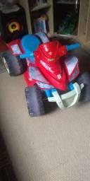 Vende -se ! Caminhão de padal/ Quadriciculo com empurador