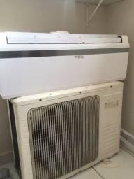 Vende-se um Ar condicionado 9000 btus