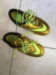 Chuteira futsal Nike original $170