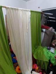 Vende-se cortina