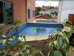 Casa com 6 dormitórios à venda, 250 m² por R$ 1.200.000 - Jardim Santa Rita - Poços de Cal