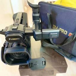 Vendo ou troco filmadora profissional AG-AC8