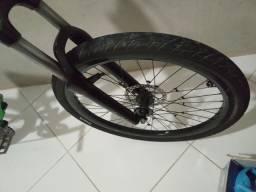Troco por outro pneu mais grosso!!!