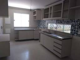 Casa de Condomínio com 4 Quartos à Venda - Cod 037