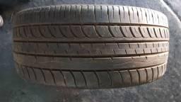 Somente um pneu 235/30 r22
