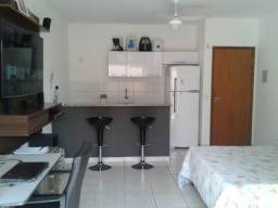 Apartamento Térreo com Quintal - Mobília Completa