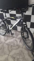 Bicicleta  toda  em alumínio  aro 26
