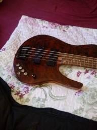Contra baixo estilo Fodera luthier