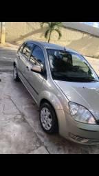 Fiesta 2005 (muito novo) - 2005