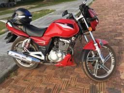 Troco moto em carro mais volta Gsr 125s em dias - 2015