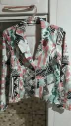 Vendo jaqueta estampada d'metal