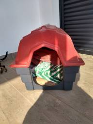 Casa e caixa pet