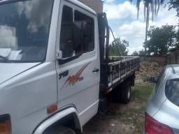 Troca por caminhão toco baú ou plataforma