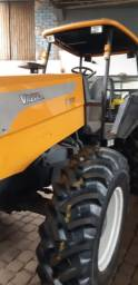 Trator Valtra BM 110 2012 revisado