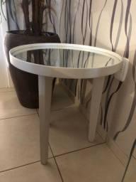 Mesa de canto tampa em vidro