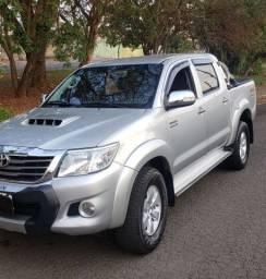 Toyota hilux  4×4 2013 SRV altomatica diesel