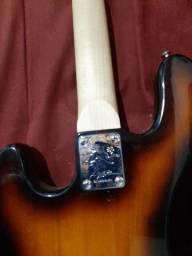 Contrabaixo Lyon  modelo jazz bass