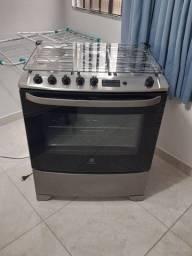 Vendo fogão novo sem uso 1500