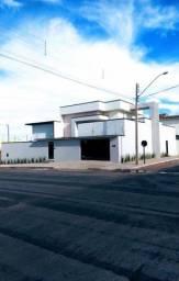 Casa Nova Alto Padrão moderna  no Centro de Gurupi