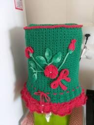 Capa para galão de água em crochê.